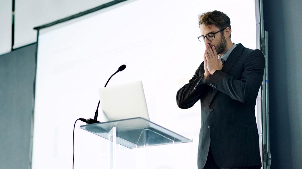 Person som är nervös inför presentation