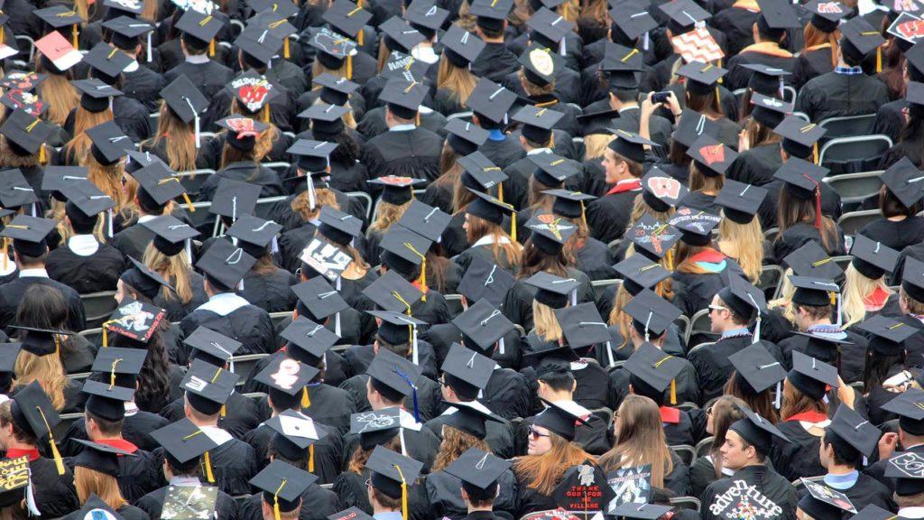 Är högre utbildning fortfarande relevant?