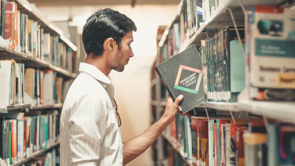Efterfrågan på högre utbildning ökar under krisen
