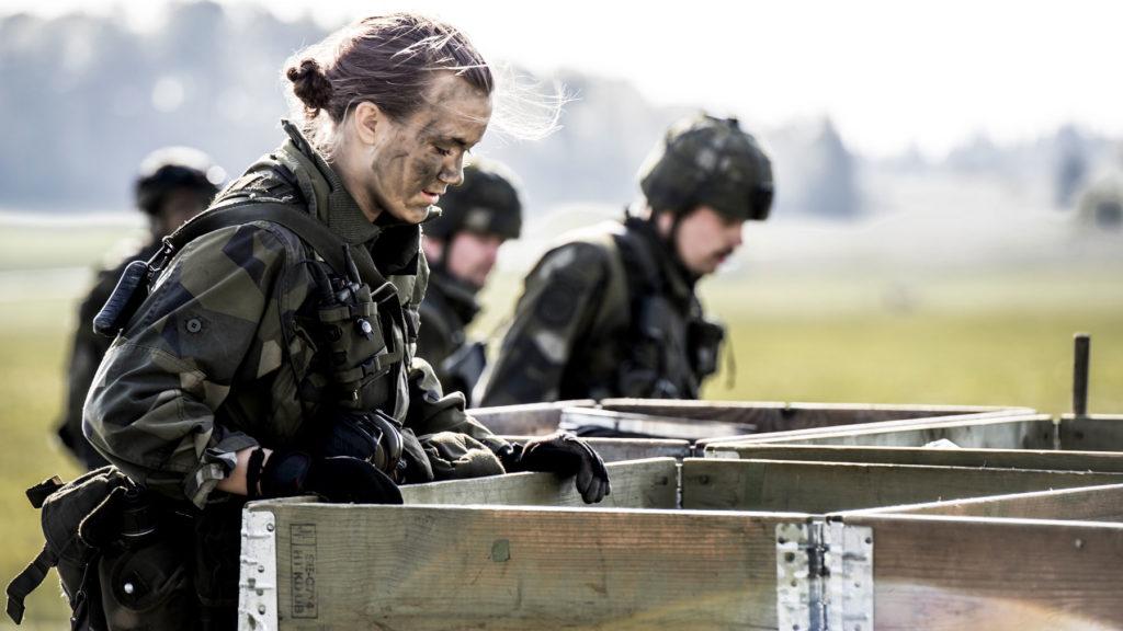 Försvarsmaktsövningen Aurora 17 var den första och största övningen i sitt slag på mer än 20 år. Samtliga stridskrafter och fler än 20000 män och kvinnor deltog. Foto: Astrid Amtén Skage/Försvarsmakten