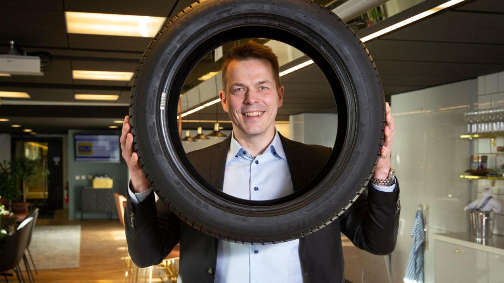 Erik Sundqvist på Michelin ringar in och lyfter sitt ledarskap med en Executive MBA på Stockholms universitet. Foto: Martina Huber