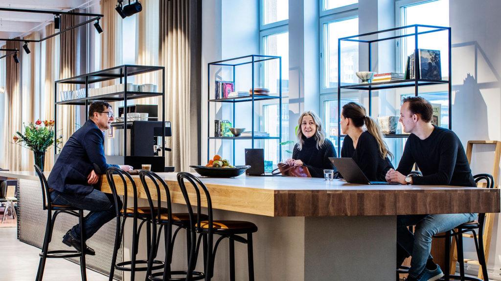 Kontorsljus på Atrium Ljunbergs kontor i Stockholm