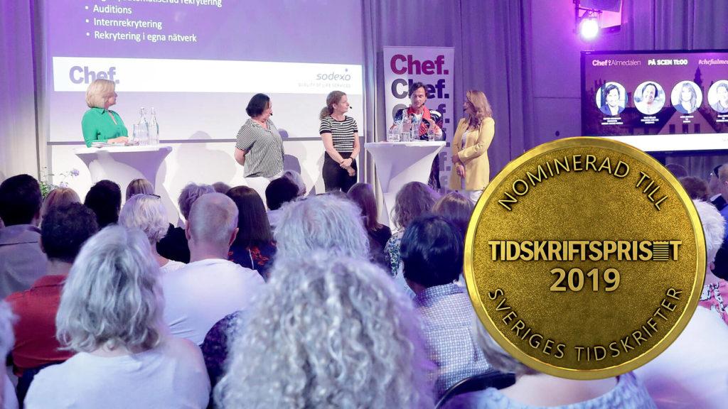 Bild från ett av Chefs seminarium i Almedalen 2019, plus nomineringsmedalj för Tidskriftspriset från Sveriges tidskrifter