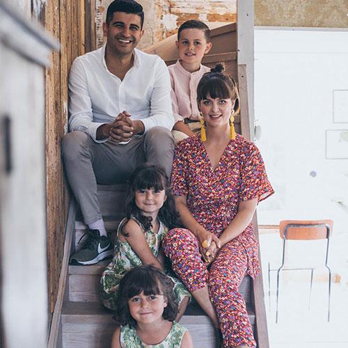 Arash Gilan med sin familj