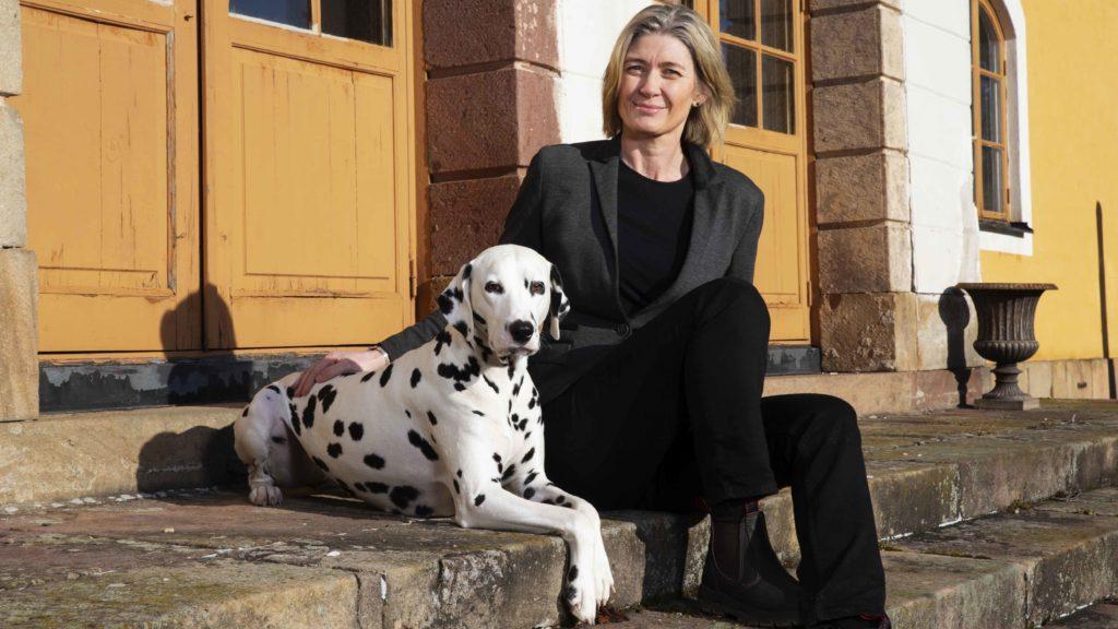 Carina Kjellberg, Nordenchef på Dechra Veterinary Products, stärker sitt ledarskap med en Executive MBA. Foto: Martina Huber