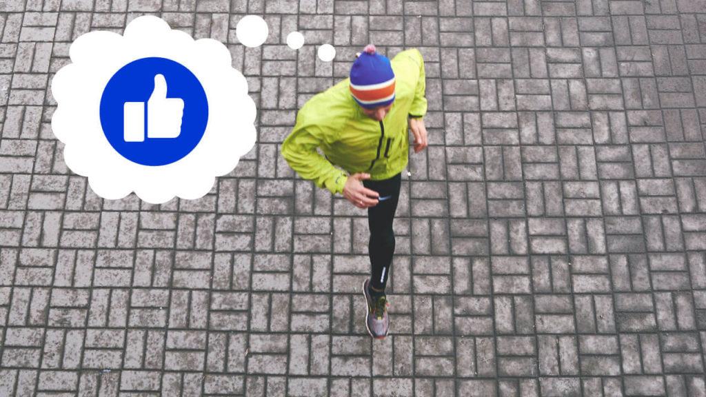 Man som springer och har en tankebubbla med en facebook-tumme i