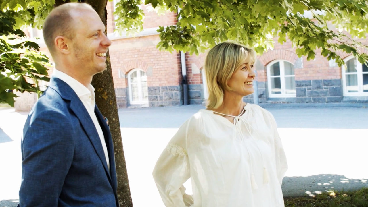 Cheferna Sebastian Persson och Carina Kjellberg har tagit en Executive MBA på Stockholms universitet.