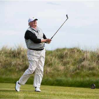 Passionerad golfspelare.