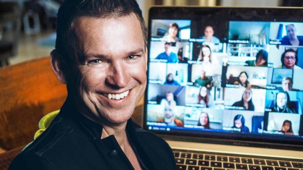 Micke Darmell håller i kursen inom effektiv digital möteskultur