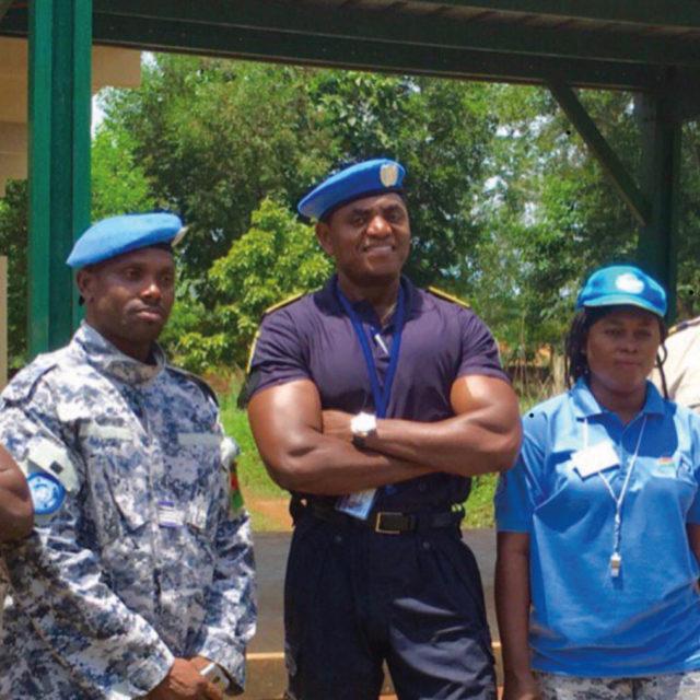 Med internationella kriminalvårdskolleger på FN-uppdrag i Afrika.