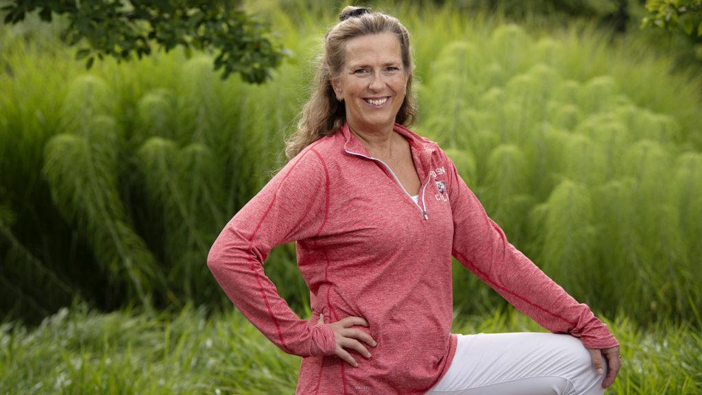 Annelie Czerapowicz är Wellness-coach på WW ViktVäktarna och hjälper med deras koncept Wellness at Work medarbetare på företag att må bättre och stärka lagkänslan. Foto: Anna Rehnberg