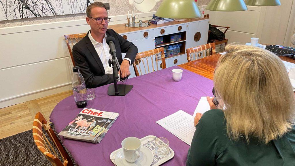 Lars Strannegård blir intervjuad av Cissi Elwin.