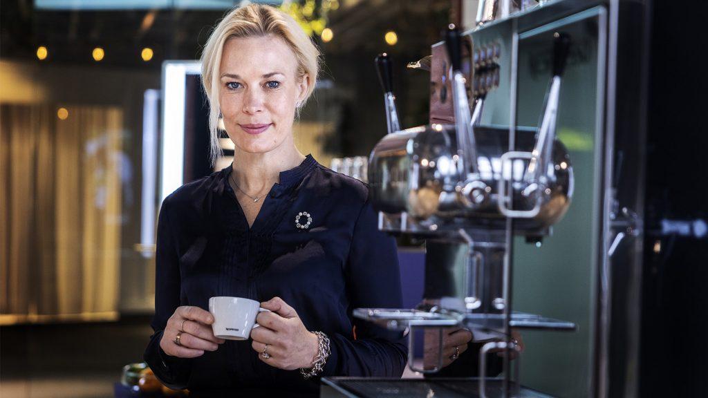 """""""Jag är oerhört stolt över det hållbarhetsarbete som Nespresso gör"""", säger Emilia Molin, vd Nespresso Professional i Sverige. Foto: Nils Petter Nilsson"""